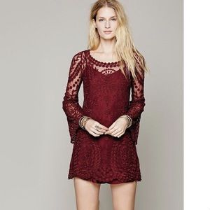 NWT free people commemorative Bell sleeve dress 😍